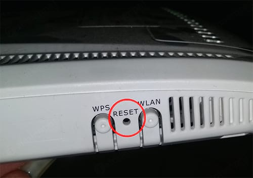 cach reset wifi fpt 2