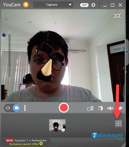 chia se video tren cyberlink youcam len facebook 2