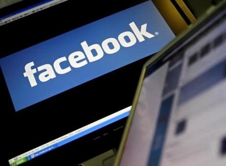 file host vao facebook bi khoa